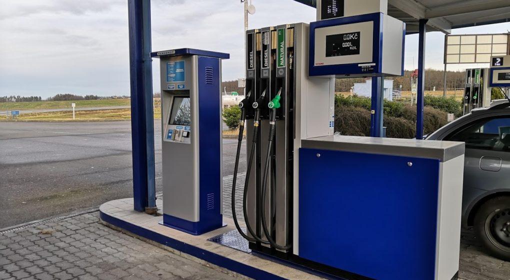 výdejní stojan a tankovací automat