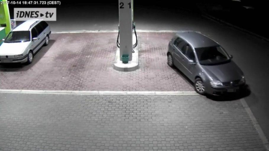Újezd z čerpací stanice bez zaplacení - Újezdům zabrání Tankomat QUITEC