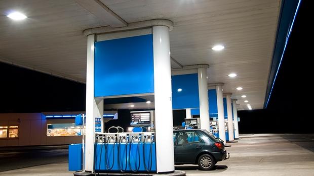 Víceproduktový výdejní stojan na benzínové čerpací stanici